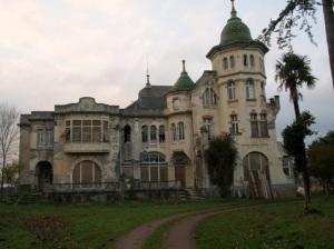Casa de indianas abandonada, Villa Excelsior